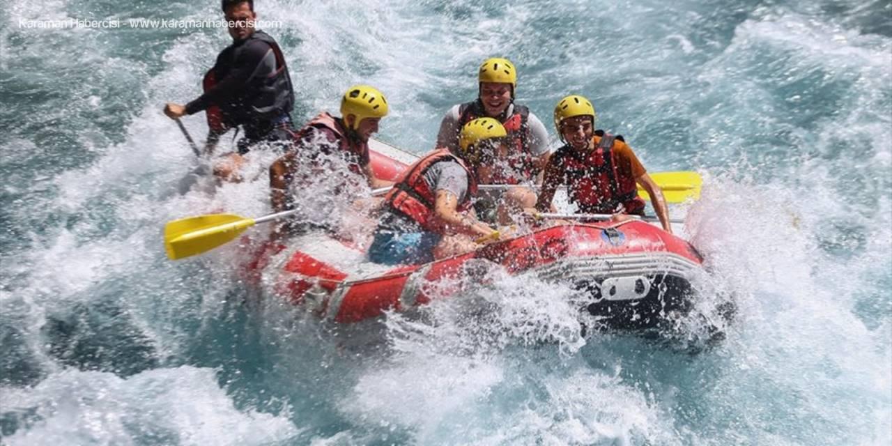 """Rafting Heyecanına """"Sosyal Mesafe"""" Düzenlemesi"""