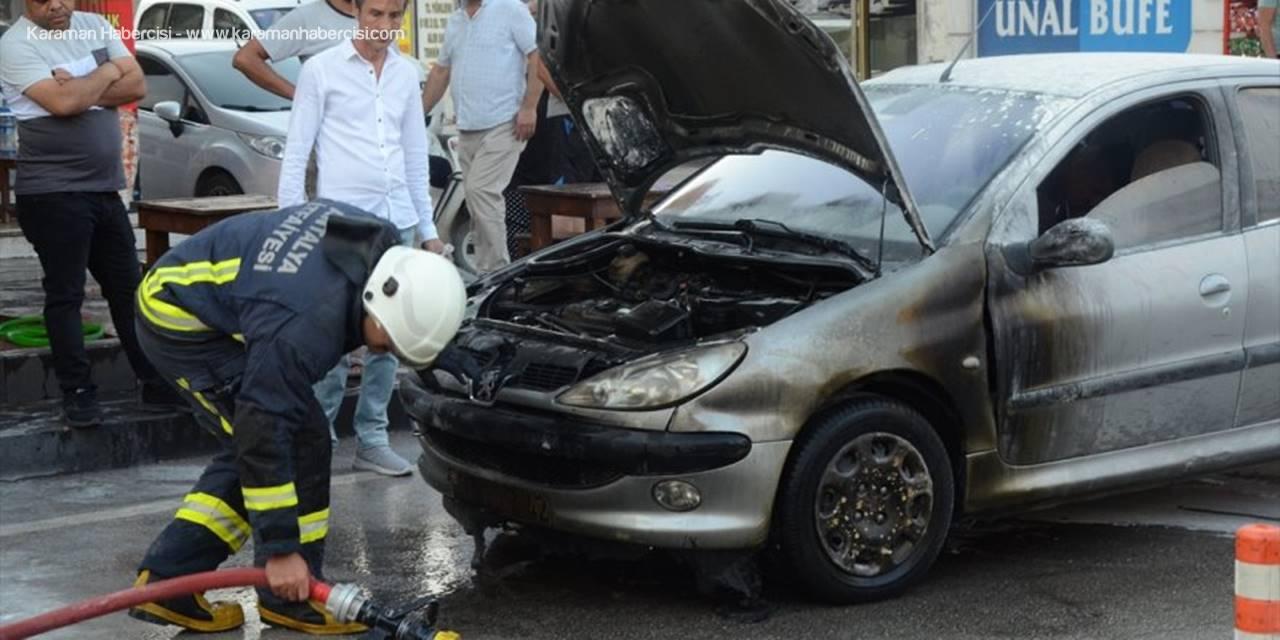 Antalya'da Araç Yangını Ucuz Atlatıldı