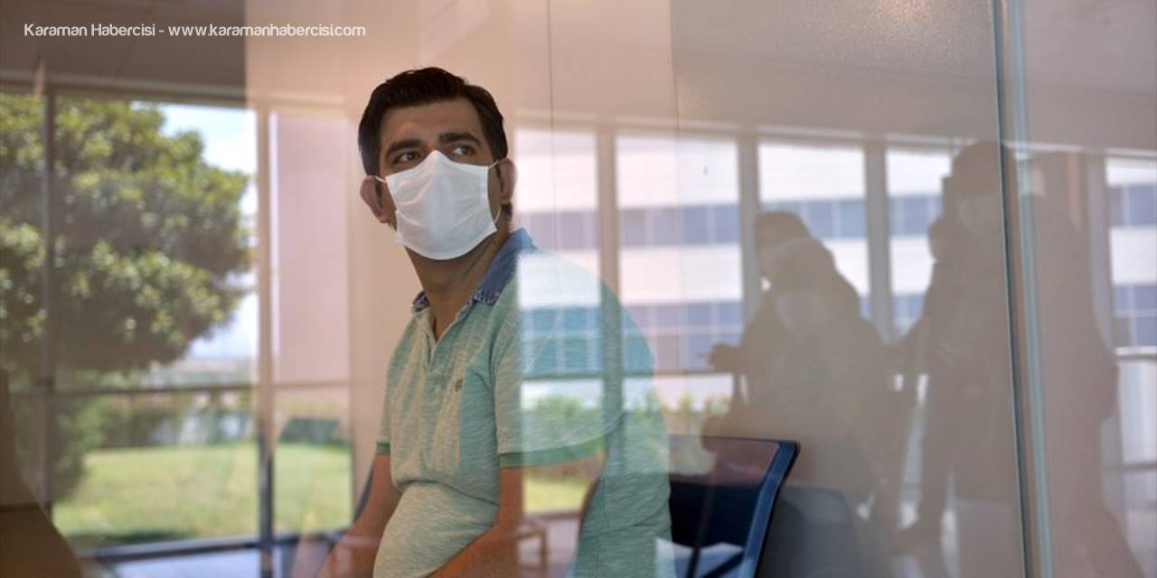 """Kovid-19 Hastası:""""10 yıllık meslek hayatımda böyle bir akciğer görmemiştim"""""""