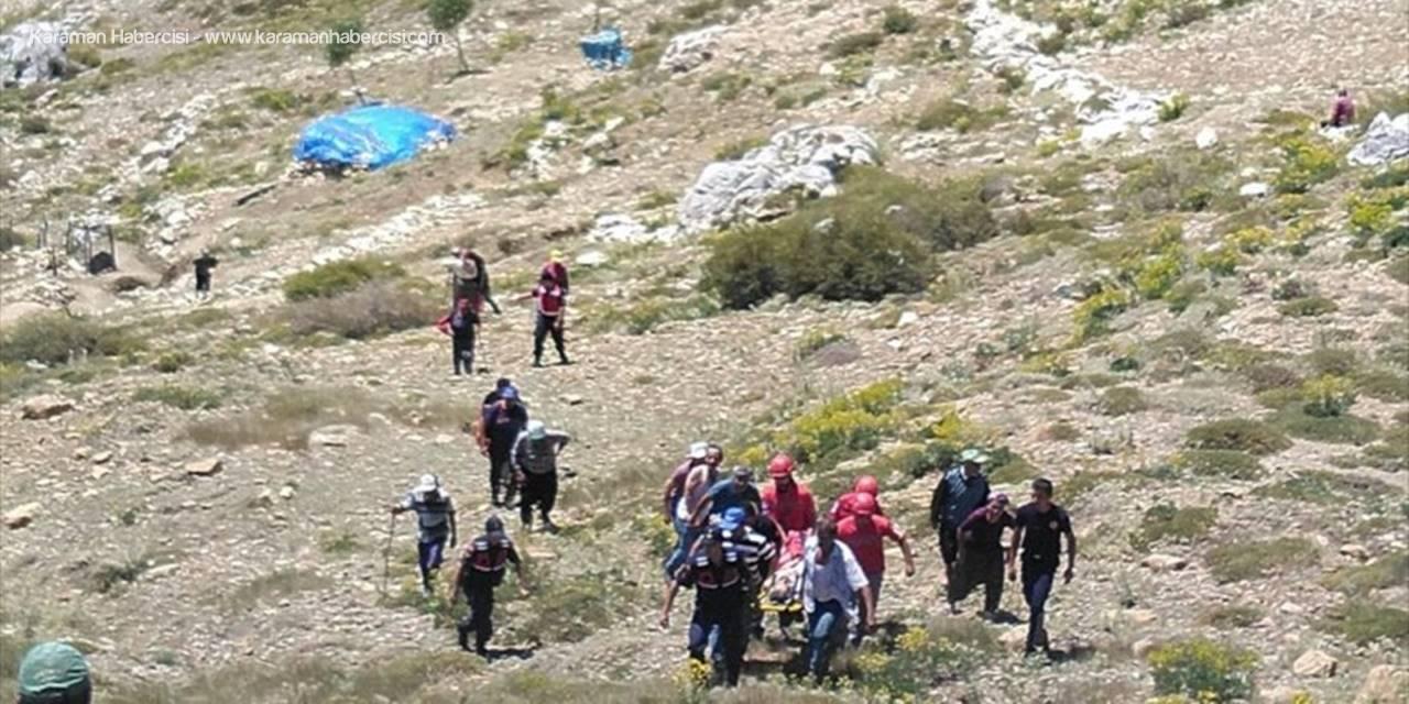 Antalya'da Uçuruma Düşen Çoban Kurtarıldı