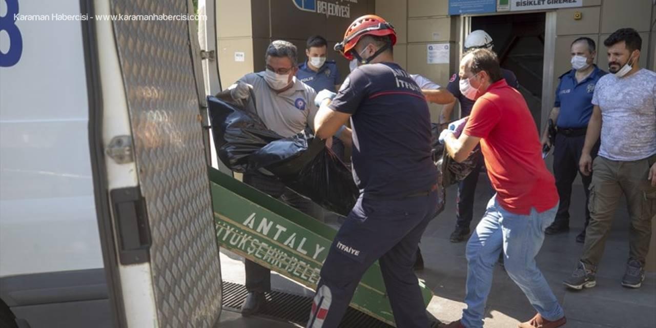 Antalya'da Asansör Boşluğunda Erkek Cesedi Bulundu