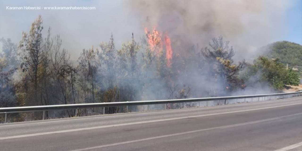 Antalya'da Çıkan Orman Yangınına Havadan Ve Karadan Müdahale