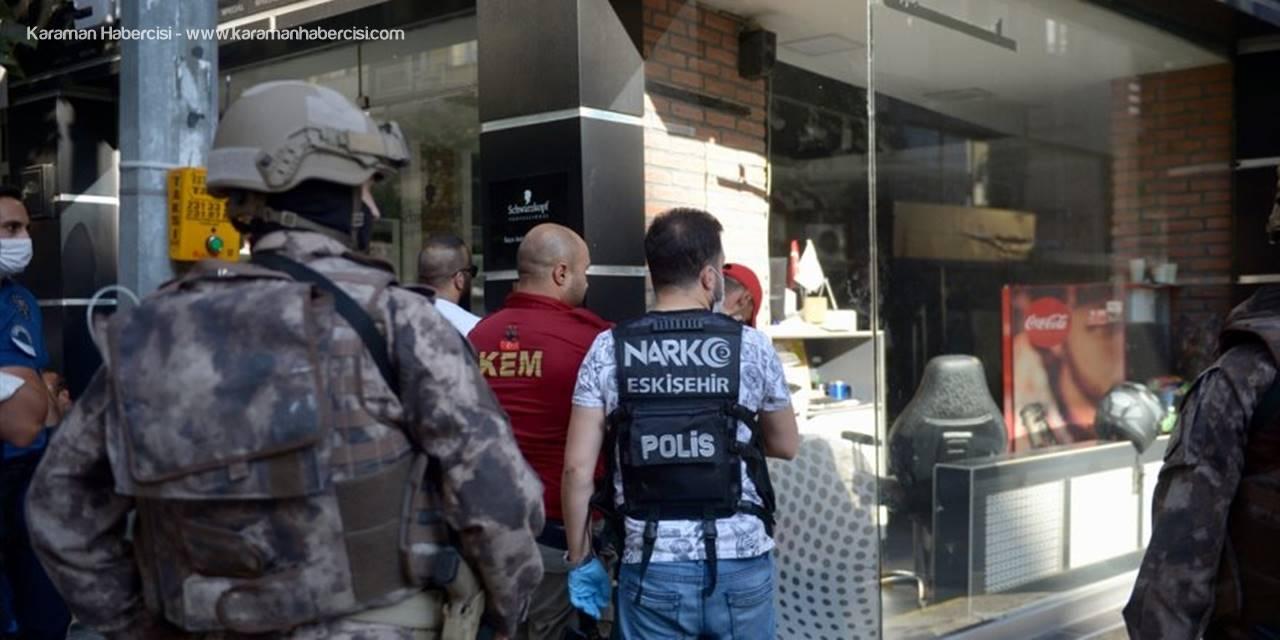 """Eskişehir'de Polisin """"Dur"""" İhtarına Uymayan 3 Şüpheli Yakalandı"""