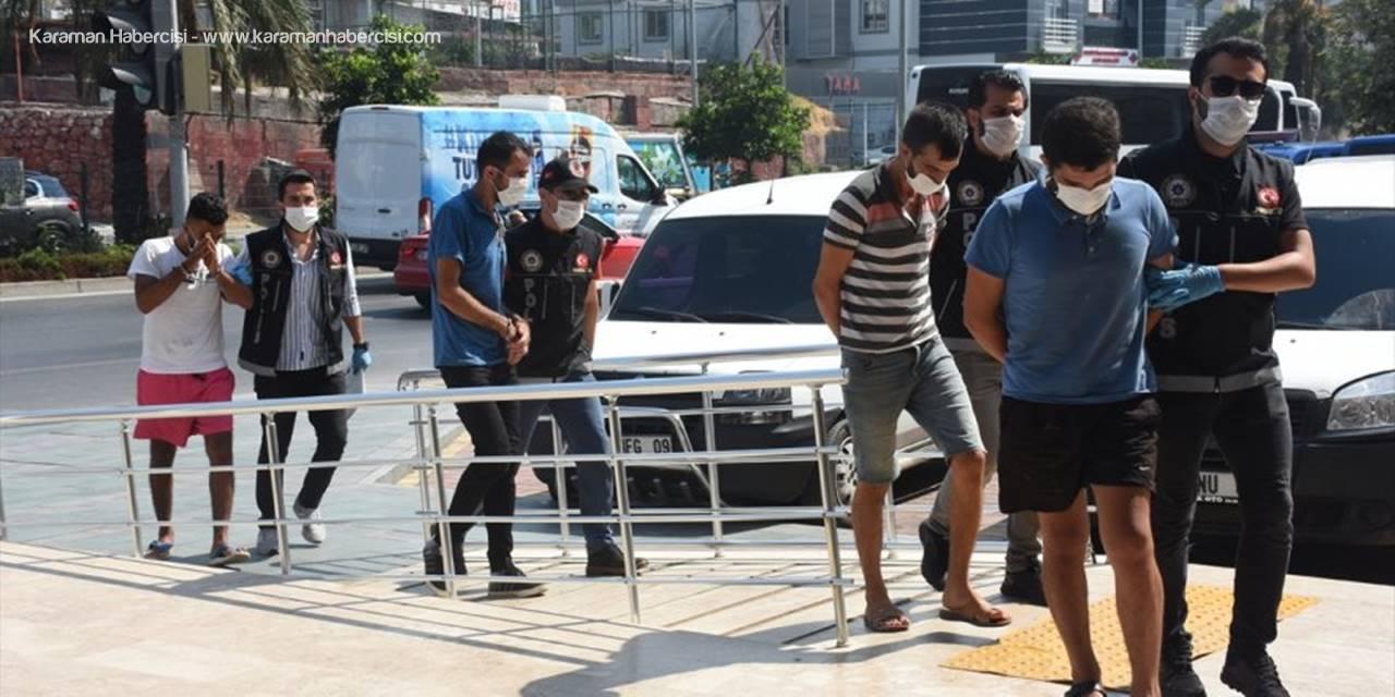 Alanya'da Düzenlenen Uyuşturucu Operasyonlarında 8 Kişi Gözaltına Alındı