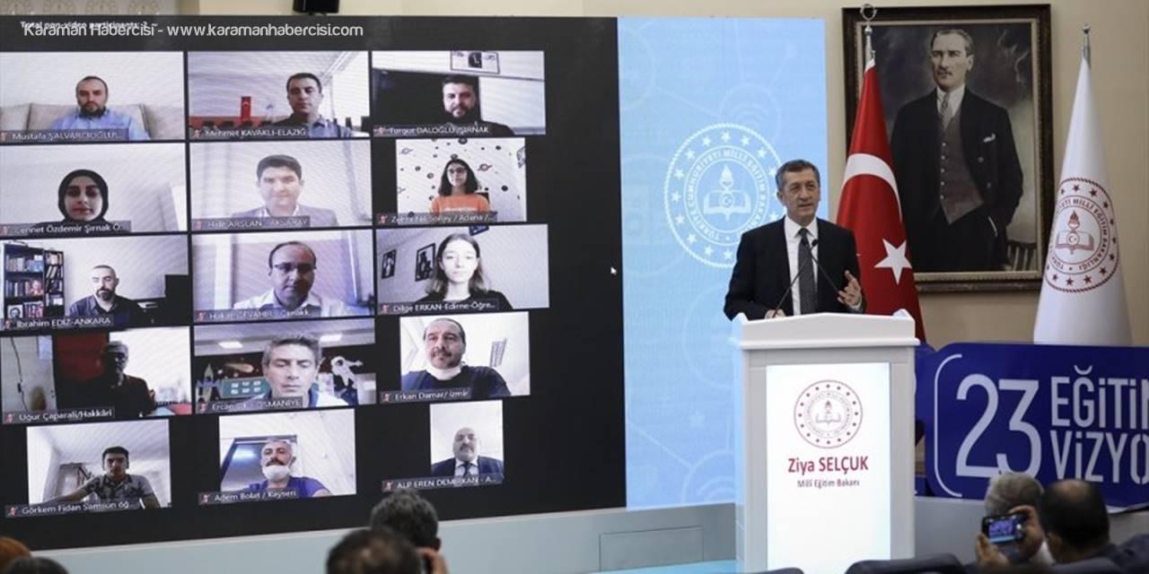 Milli Eğitim Bakanı Selçuk, Yazılım Geliştirme Eğitimini Tamamlayan Öğretmen Ve Öğrencilerin Sertifika Törenine Katıldı: