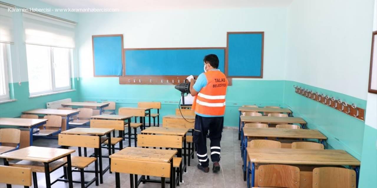 Talas Belediyesi'nin Kovid-19 İle Mücadelede Dezenfeksiyon Çalışmaları