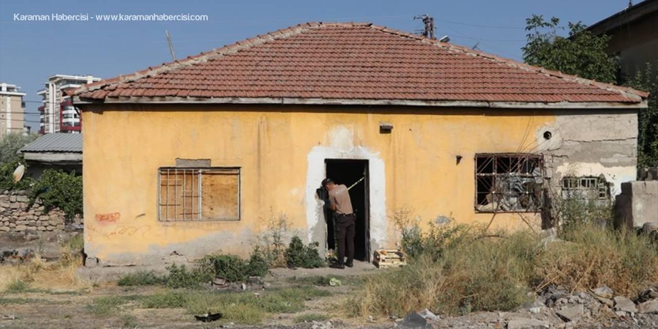 Kayseri'de Bir Kişi Yardım İstemek İçin Girdiği Evde Ölü Bulundu
