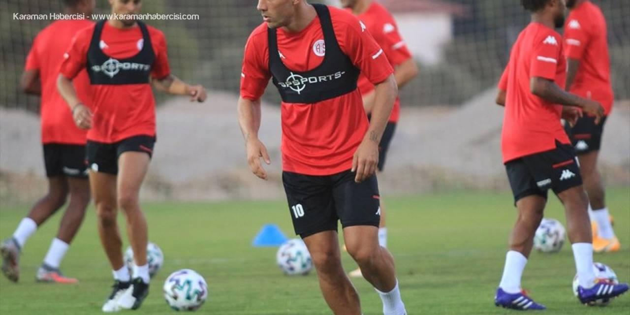 Antalyaspor, Açılış Maçlarında Ev Sahibi Olma Avantajını İyi Kullanıyor
