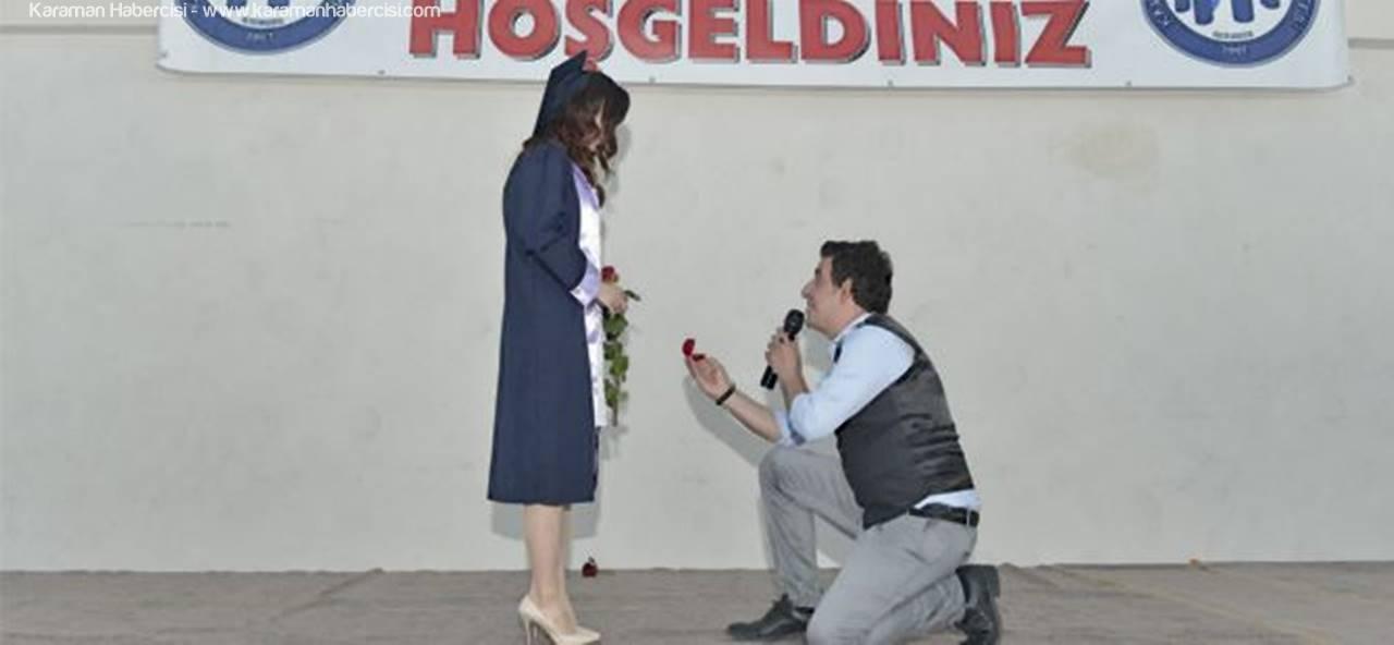 Evliliğe İlk Adımı Mezuniyet Töreninde Attılar
