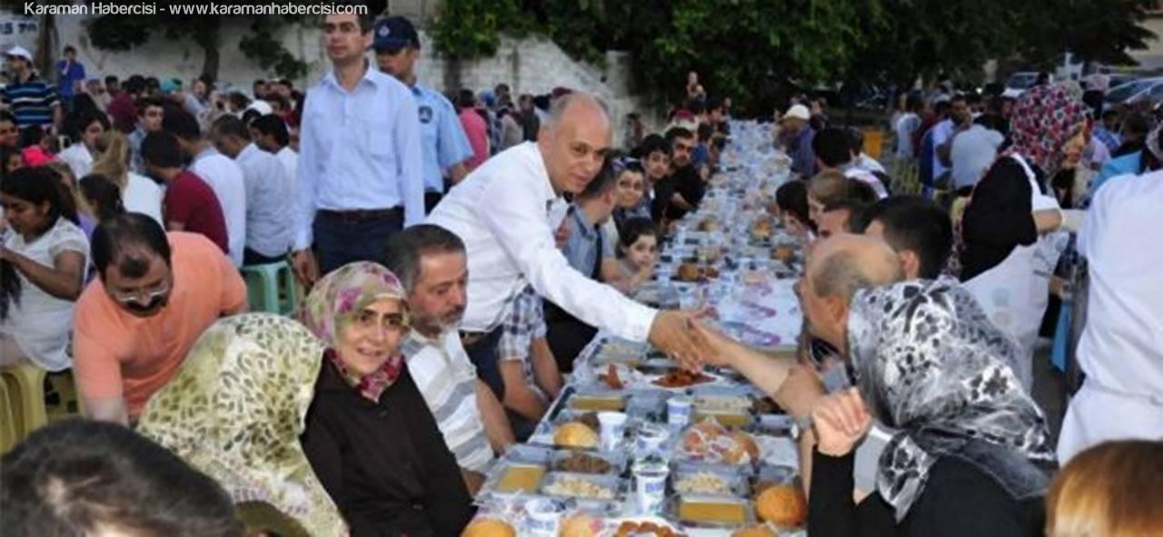 Karaman'da İlk İftar Sofrası Atatürk Mahallesi'nde Kuruluyor