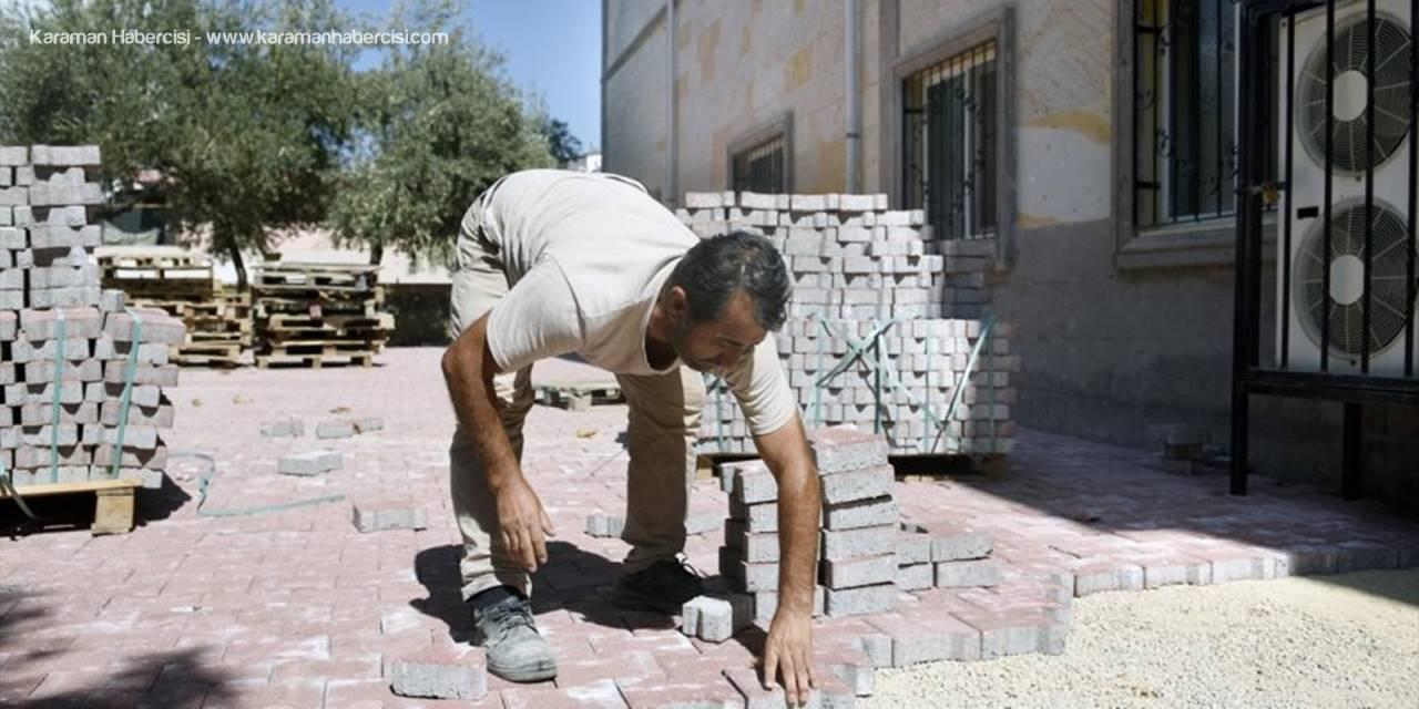 Kepez Belediyesi, Camilerin Bakım Ve Onarımını Yapıyor