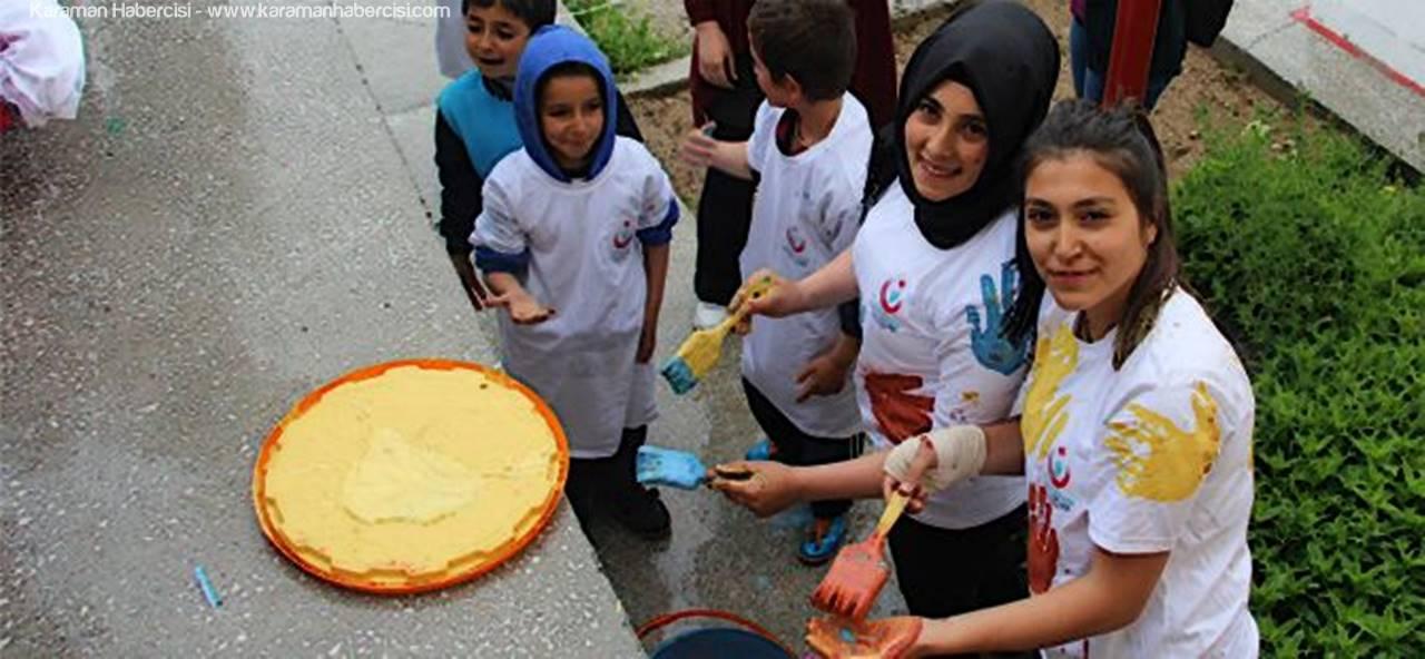 KMÜ Öğrencileri Çocuklara Şenlik Düzenledi