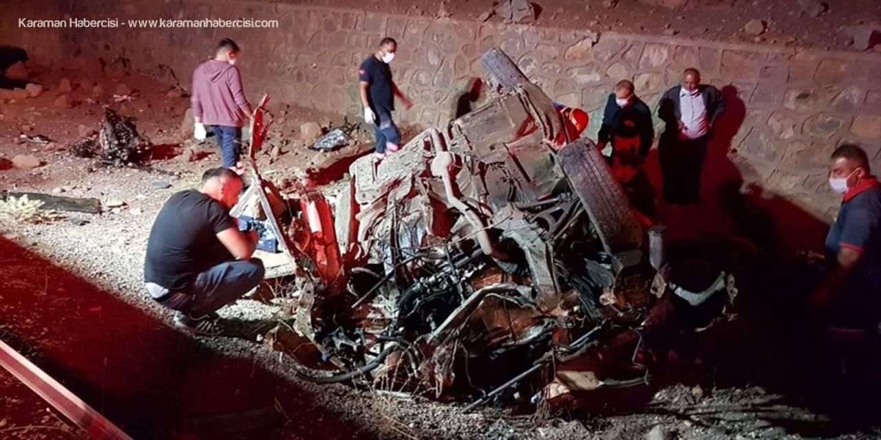 Niğde'de Trafik Kazası: 3 Ölü, 2 Yaralı