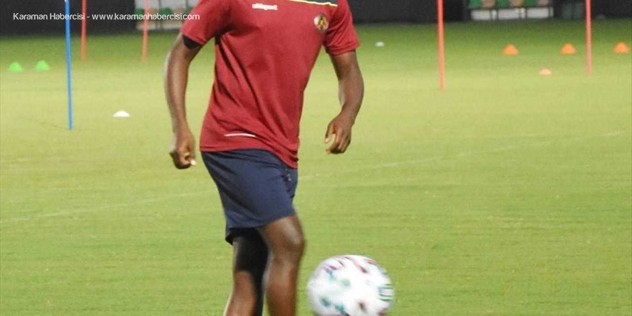 Alanyaspor Teknik Direktörü Atan, Uefa Avrupa Ligi 3. Eleme Turu Maçı İçin Umutlu Konuştu