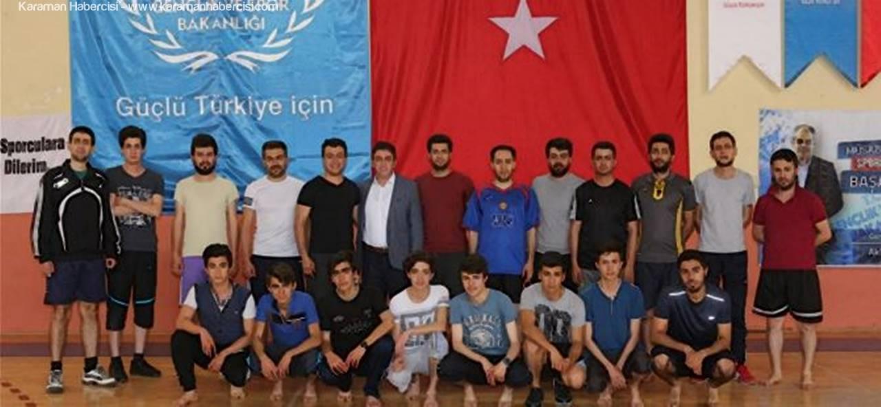 Karaman'da, Polis Olmak İsteyen Gençlere Tam Destek