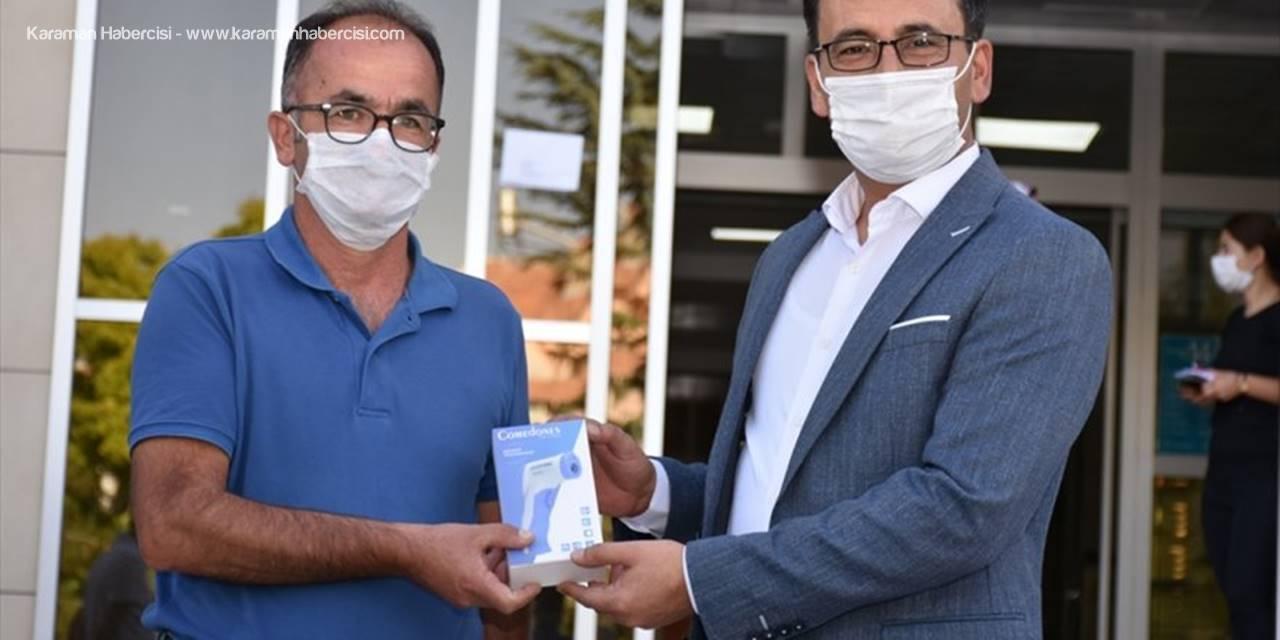 Karaman Bifa Vakfı Okullara Ateş Ölçer Dağıttı