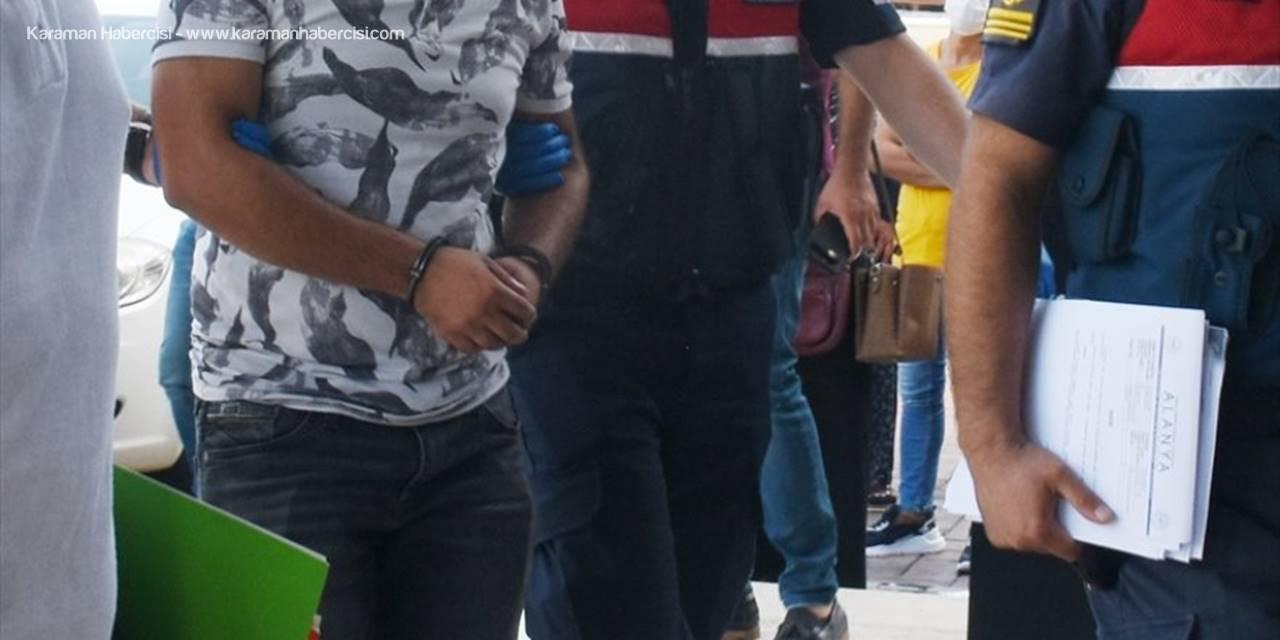 Alanya'da Çocuğun Öldüğü Trafik Kazasında Sürücü Tutuklandı