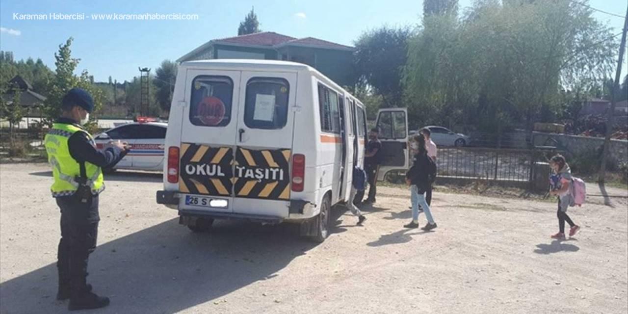 Eskişehir'de Jandarma Okul Servislerini Denetledi
