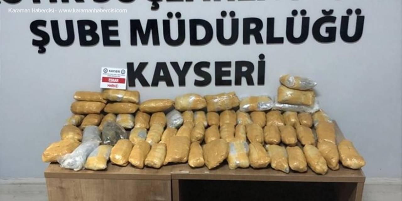 Kayseri'de Aracın Lpg Kısmına Gizlenmiş 10 Kilo 350 Gram Esrar Ele Geçirildi