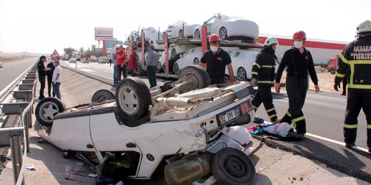 Aksaray'da Otomobil Tıra Çarptı