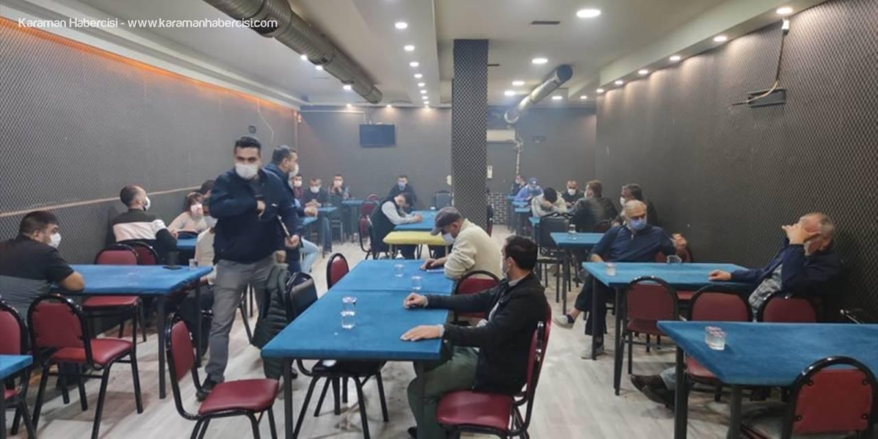 Eskişehir'de Dernek Binasında Kumar Oynayan 33 Kişiye Para Cezası Uygulandı
