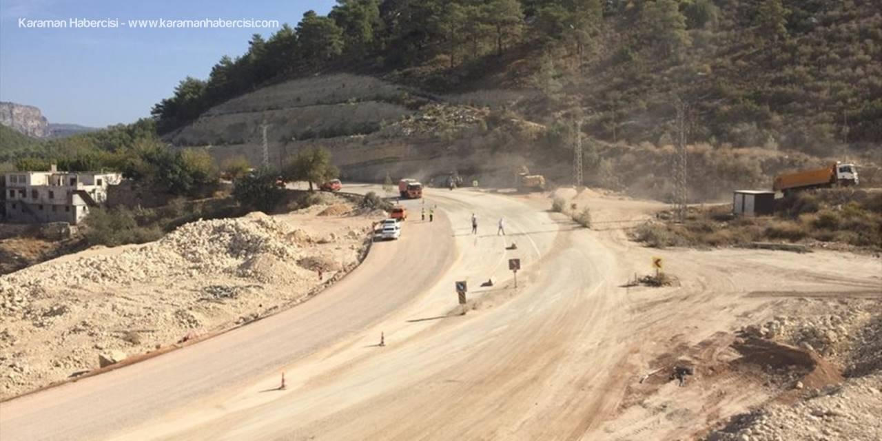Mersin'de Heyelan Nedeniyle Ulaşıma Kapanan Silifke-mut Kara Yolu Trafiğe Açıldı
