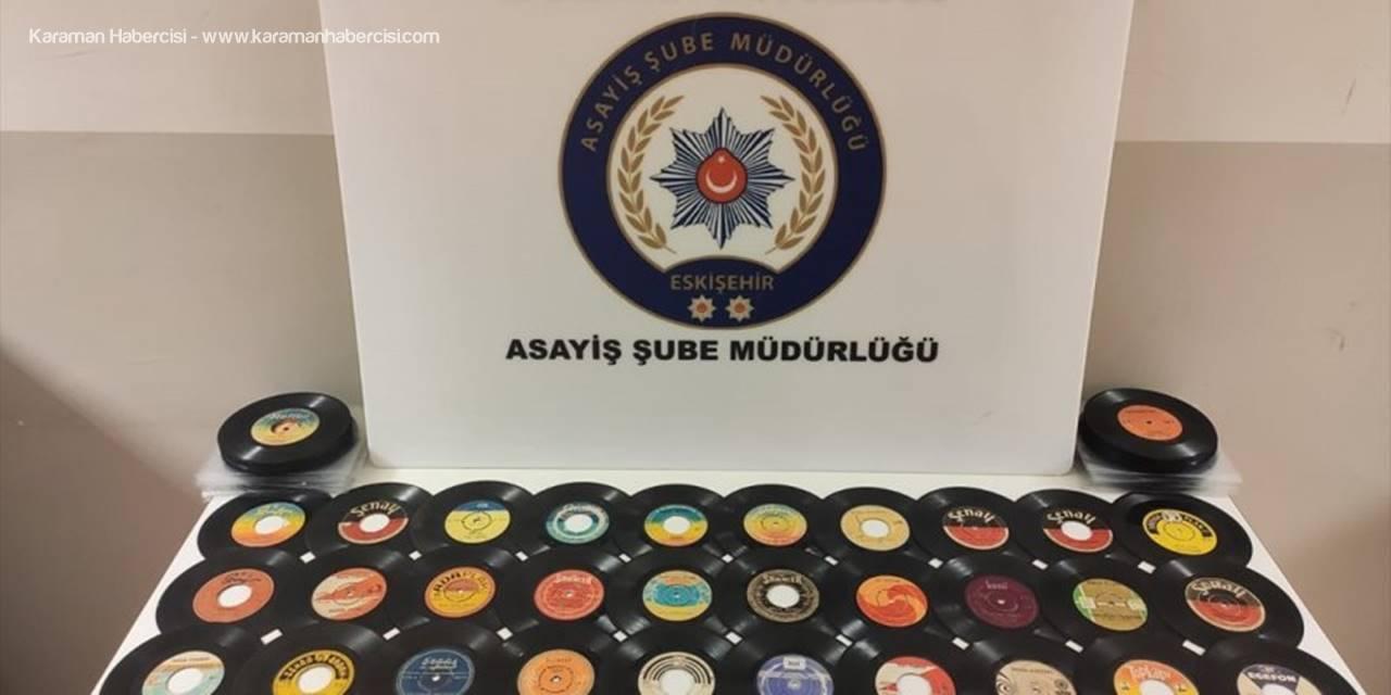Eskişehir'de Plak Hırsızlığı Şüphelisi Tutuklandı