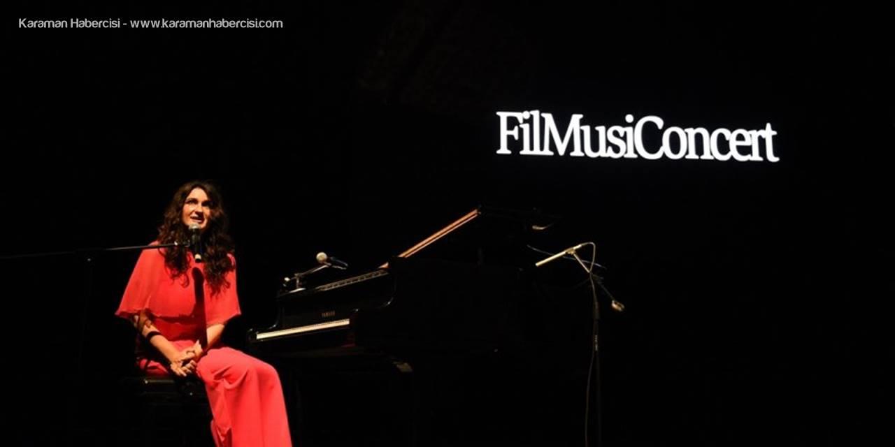 Piyanist Anjelika Akbar Antalya'da Sahne Aldı