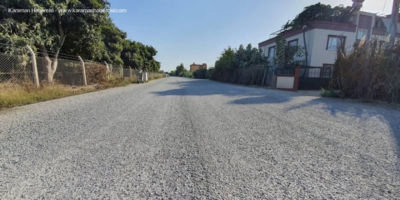 Tarsus'ta Bedensel Engelli Genç İçin Evinin Önü Asfaltlandı