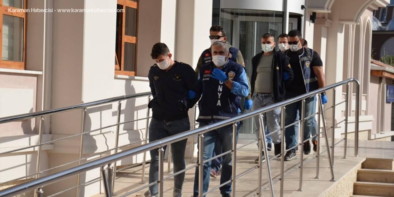 Konya'da Bir Kişinin Öldüğü Silahlı Kavgayla İlgili 3 Zanlı Adliyeye Sevk Edildi