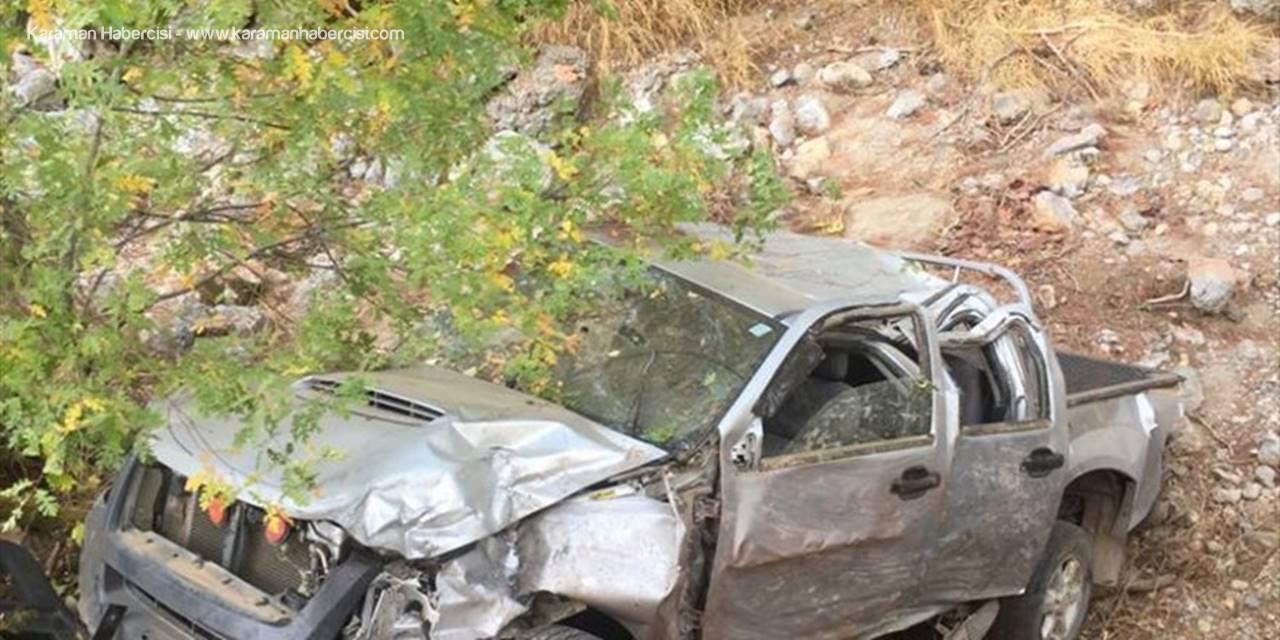 Antalya'da Şarampole Yuvarlanan Araçtaki 1 Kişi Öldü, 1 Kişi Yaralandı
