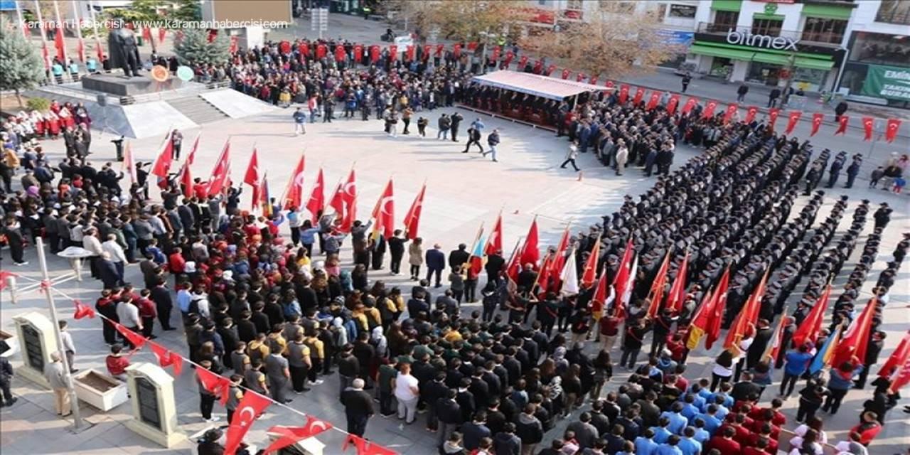 Aksaray'da 29 Ekim Cumhuriyet Bayramı Kutlanıyor