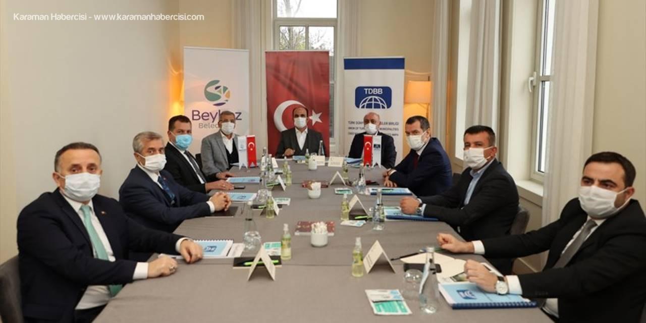 Selçuklu Belediye Başkanı Altay, Tdbb Yürütme Kurulu Toplantısı'na Katıldı