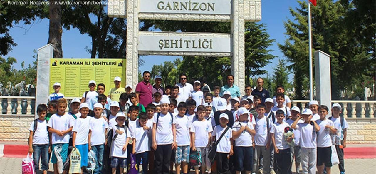 AGD Karaman Öğrencileri Şehitleri Ziyaret Etti