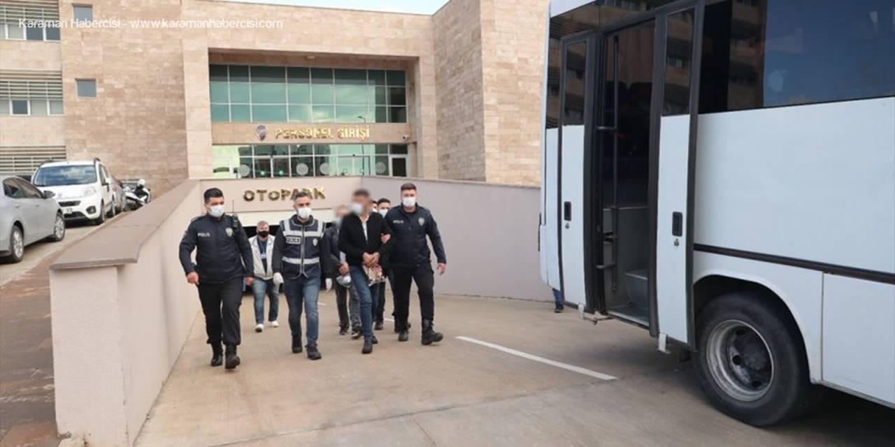 Antalya'da Aranan 46 Şüpheli Yakalandı