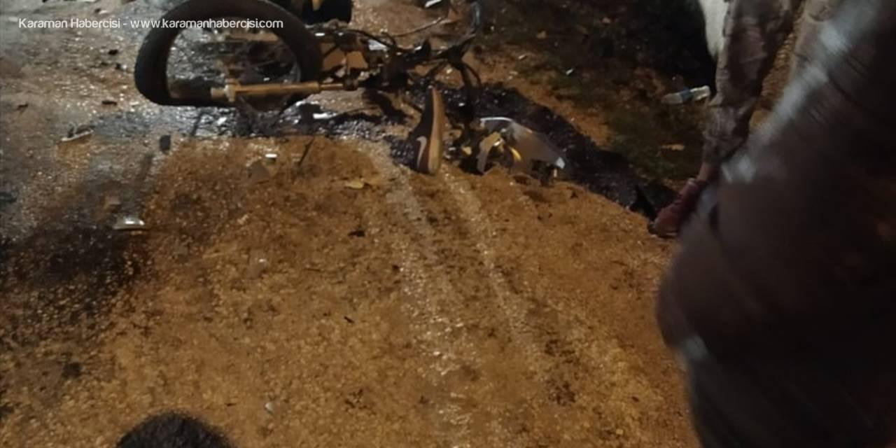 Antalya'da Minibüs İle Motosiklet Çarpıştı: 1 Ölü