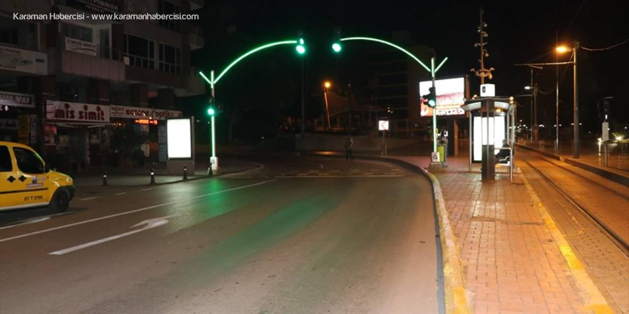Antalya, Muğla, Isparta Ve Burdur'da Sokağa Çıkma Kısıtlaması Başladı