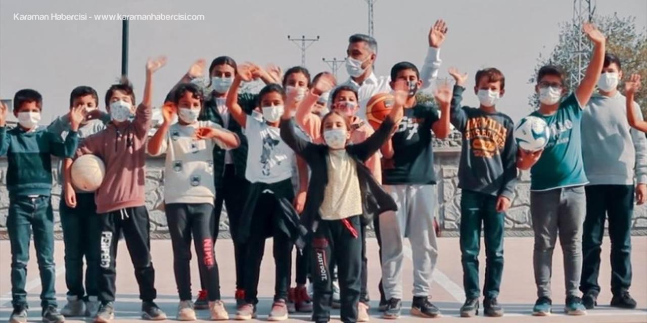 AÜ, Eski Öğrencisinin Görev Yaptığı Mardin'deki Okula Malzeme Desteği Sağladı