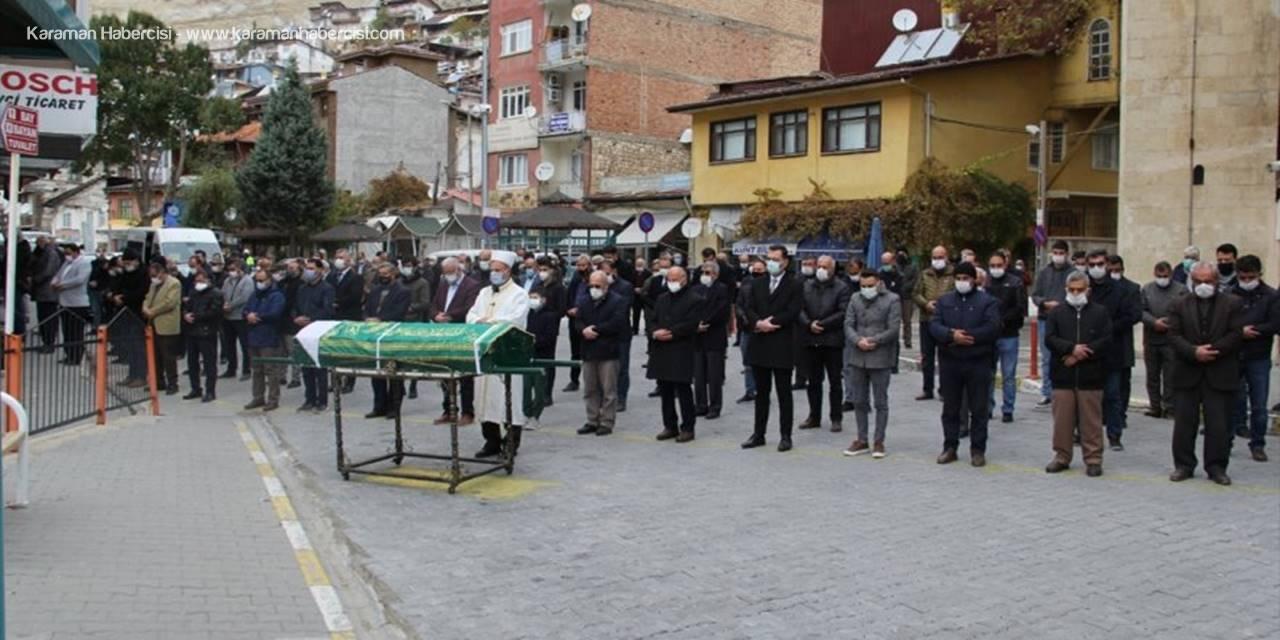 Hazine Ve Maliye Bakanı Elvan'ın Teyzesinin Cenazesi Memleketi Karaman'da Defnedildi
