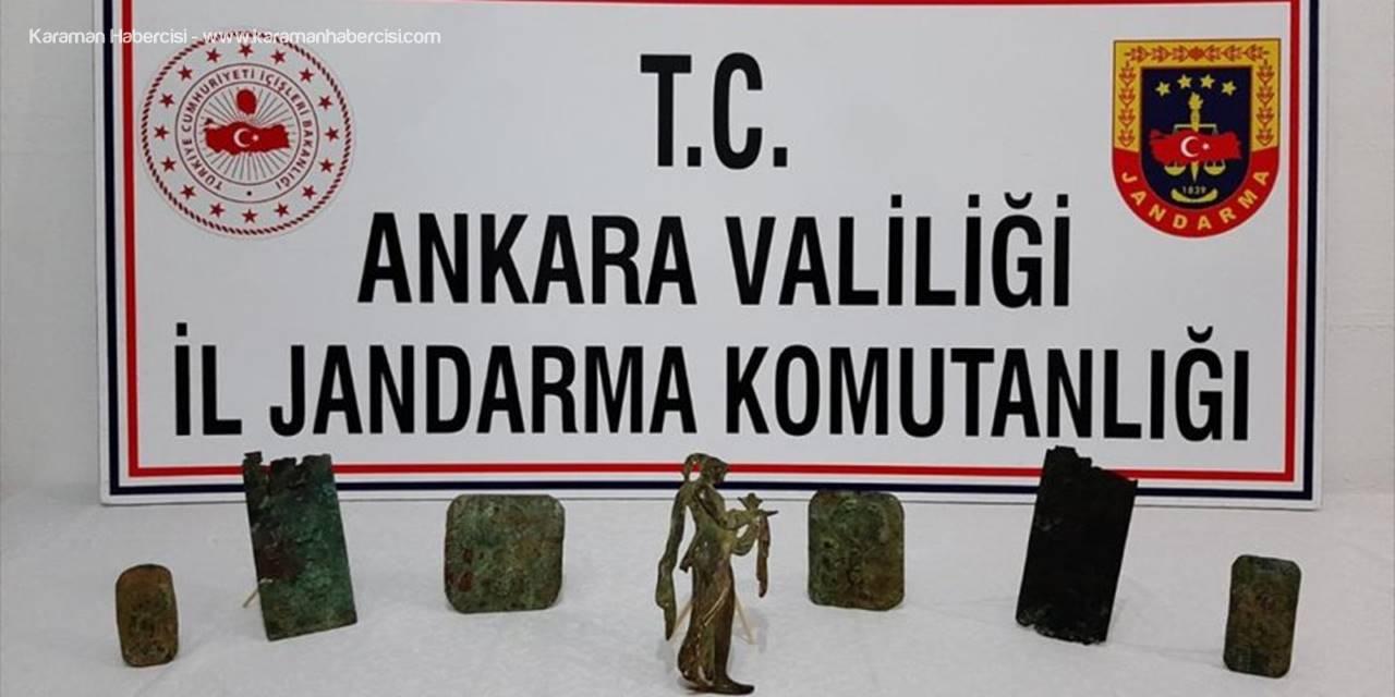 Başkentte Tarihi Eser Kaçakçılığı Operasyonunda Bronz Tabletler Ve Kadın Tanrıça Figürü Ele Geçirildi