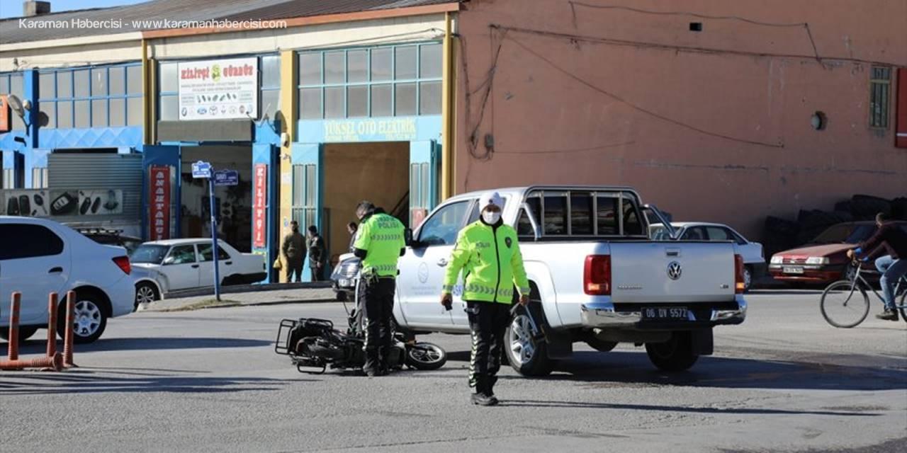 Ankara'da Pikabın Çarptığı Motosiklet Sürücüsü Yaralandı