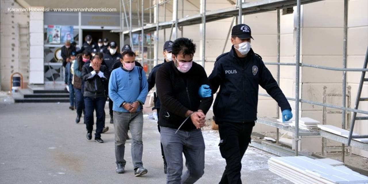 Mersin'deki Fuhuş Operasyonu Kapsamında 18 Kişi Tutuklandı