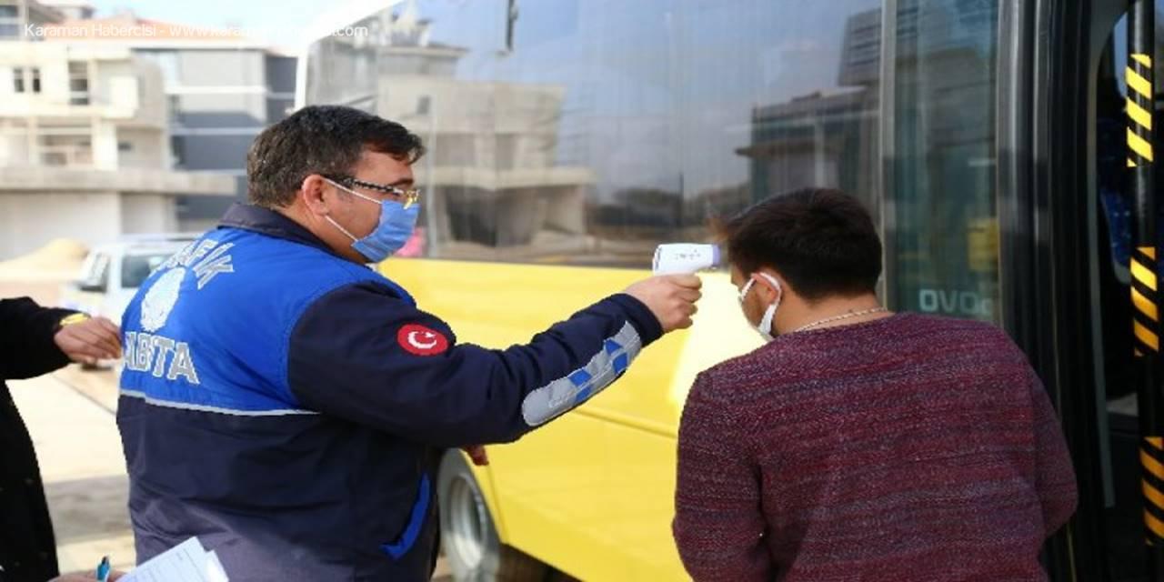 Toplu Taşıma Araçlarında Vatandaşların Ateş Ölçümleri Yapılıyor