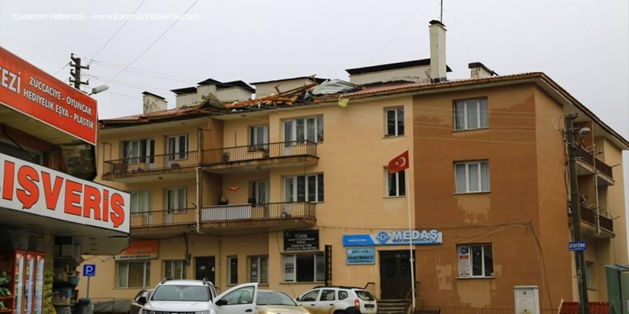 Hadim'de Şiddetli Rüzgar Nedeniyle Bir Okul İle Evin Çatısı Uçtu