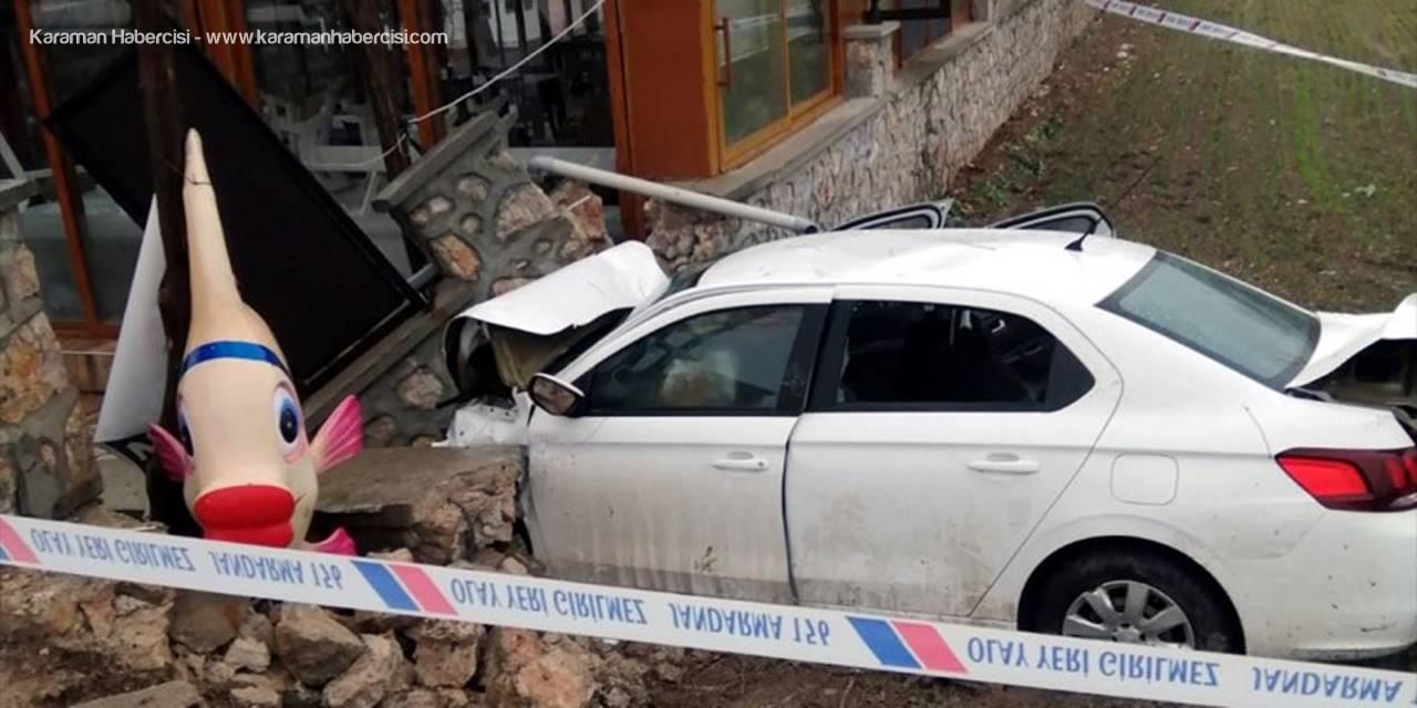 Ankara'da Duvara Çarpan Otomobilin Sürücüsü Öldü