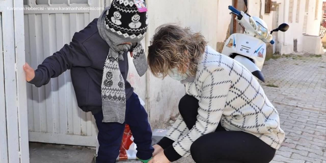 Elmalı'da İhtiyaç Sahibi Çocuklara Kışlık Giysi Yardımı Yapıldı