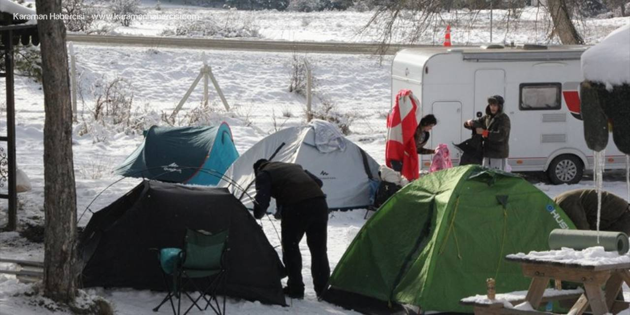 Doğaseverlerin Karagöl'de Kamp Keyfi