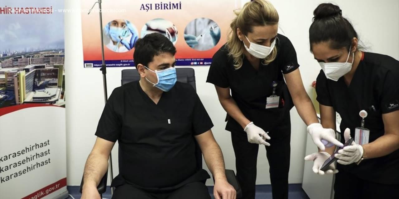 Demokrat Parti Genel Başkanı Gültekin Uysal Kovid-19 Aşısı Yaptırdı: