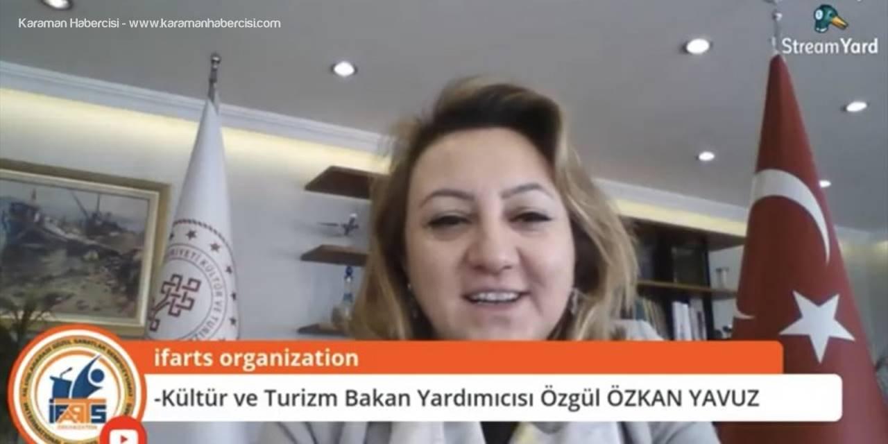 """""""Geleneksel Türk Sanatlarında Mezun İstihdamı"""" Paneli"""