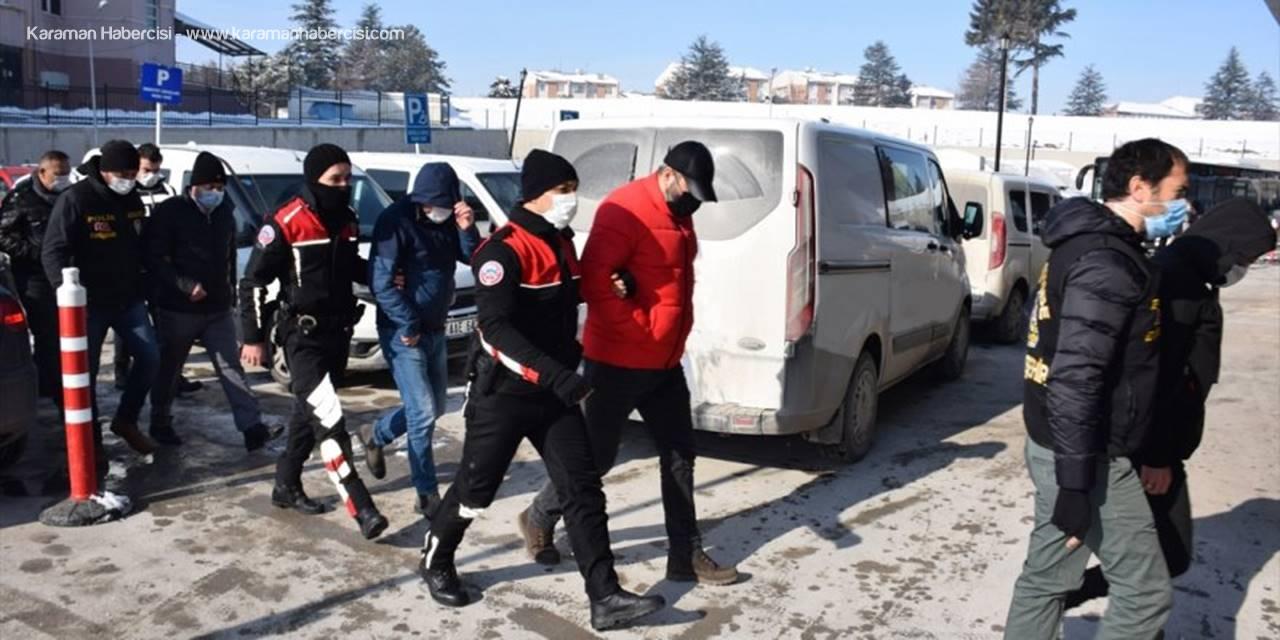 Eskişehir'de Sahte Şirket Kurarak Devleti Zarara Uğrattıkları İddia Edilen 26 Şüpheli Yakalandı